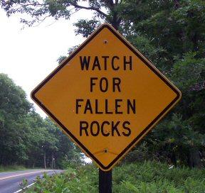 Fallen_rocks_2
